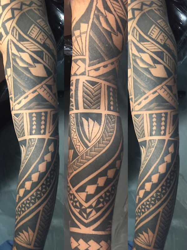 polynesische tattoo laten zetten uitleg over de betekenis. Black Bedroom Furniture Sets. Home Design Ideas
