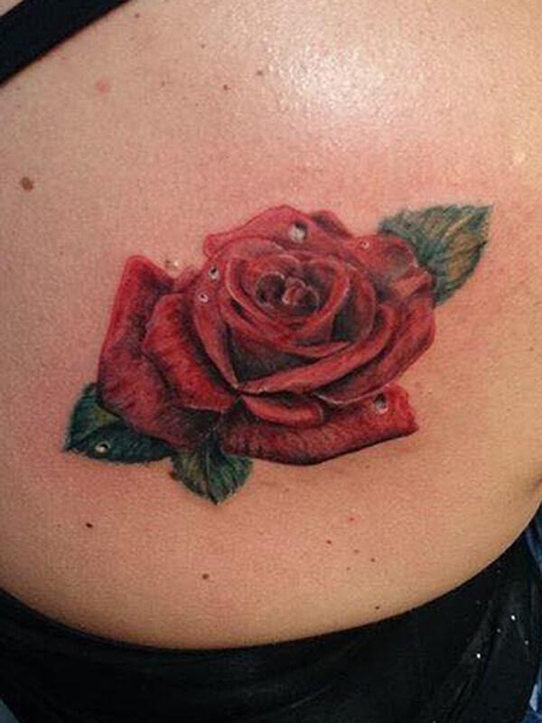 Voorkeur Roos tattoo laten zetten? Lees de betekenis, info en tips! #YR21