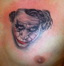 Joker op borst