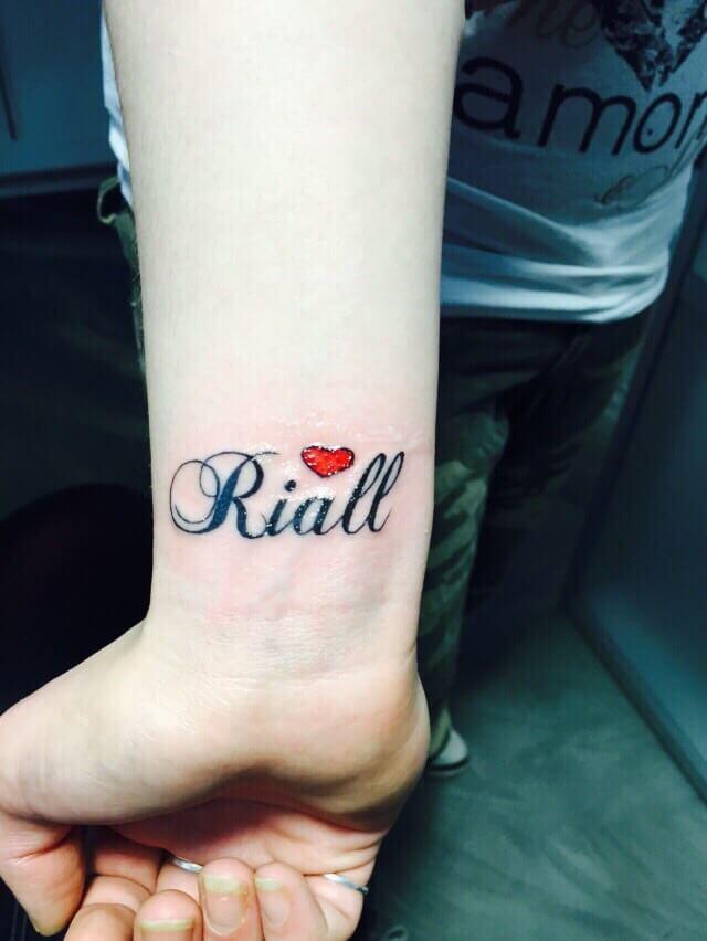 Pols Tattoo Laten Zetten Informatie Tips En Pijn Indicatie