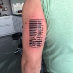 Steepjes code met hartslag op bovenarm