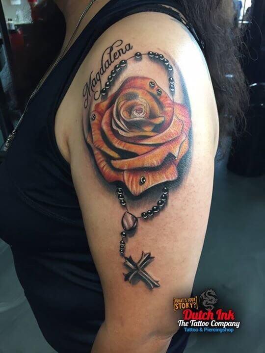 Naam tattoo voorbeelden laat je inspireren door dutch ink for Virtual tattoo workshop