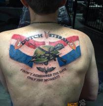 Dutch Veteran op rug