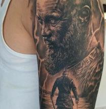Viking op bovenarm