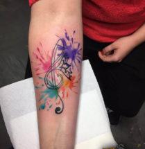 Muziek noot met felle kleuren