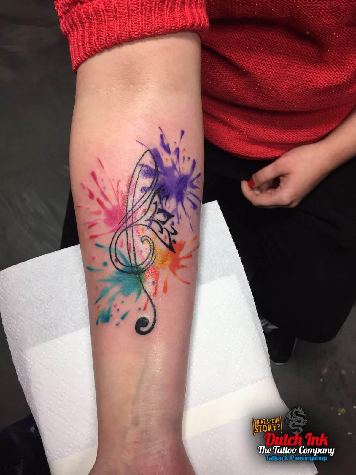 Felle kleuren tattoo voorbeelden, laat je inspireren door ...
